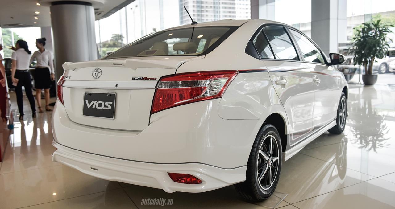 Nên mua Honda City 1.5Top 2017 hay Toyota Vios TRD 2017?