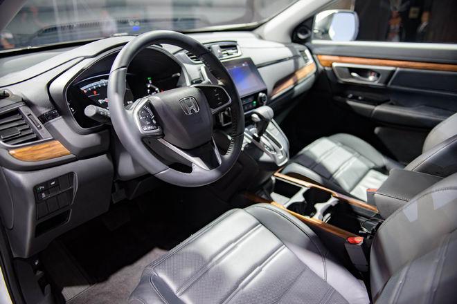 3 phiên bản Honda CR-V 2017 ở Việt Nam có gì khác biệt? - 8